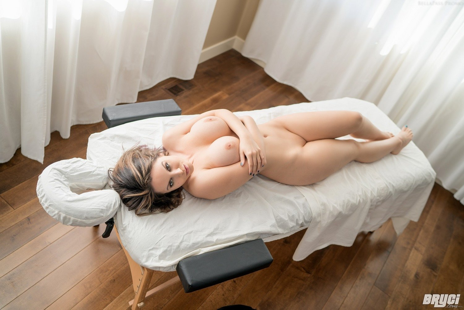high end massage leksaks show